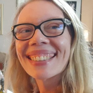Dra. Carla Aparecida Faccio Bosnardo